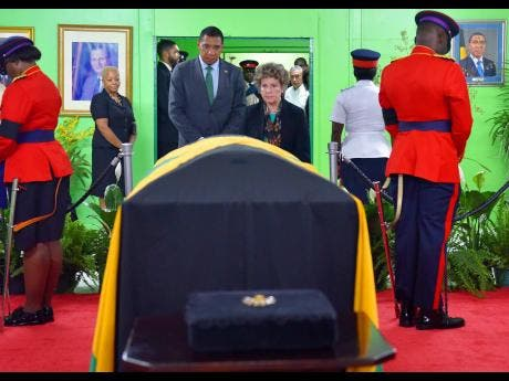 McKenzie said Seaga asked for closed-casket viewing | News | Jamaica