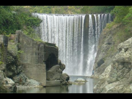 Traffic School To Go >> UPDATE: Woman drowns at Reggae Falls | | Jamaica Star