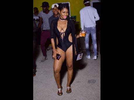 Sexy jamaican women