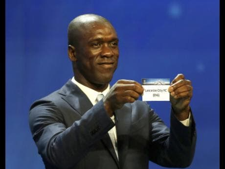 Seedorf becomes coach of Spain's Deportivo