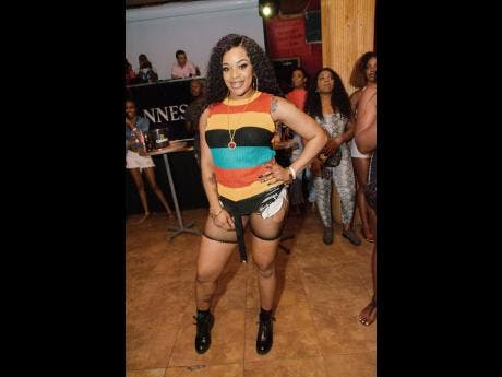 Stacy Xpressions came out in true dancehall style and fashion.
