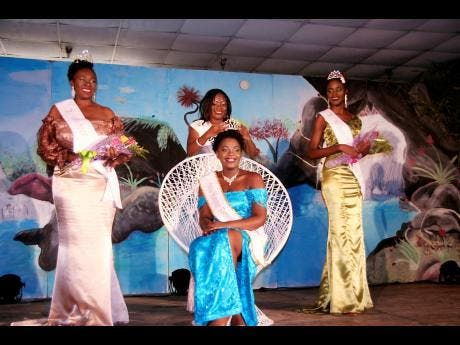 Miss Hanover Festival Queen 2019, Reneise Johnson (seated), being crowned by Miss Hanover Festival Queen 2018, Shantae Grant, while at left is first runner-up Tensecia Watson and at right is second runner-up Janelle Brady.