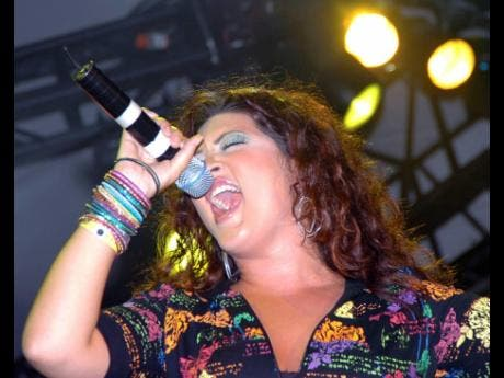 Tessanne Chin during her performance at Reggae Sumfest 2007.