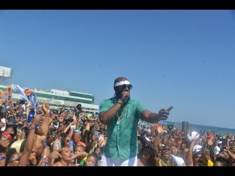 Bunji Garlin gave a memorable performance.