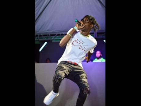 Dancehall artiste Kash made a surprise appearance on stage.