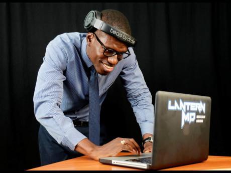 DJ  Lantern MD