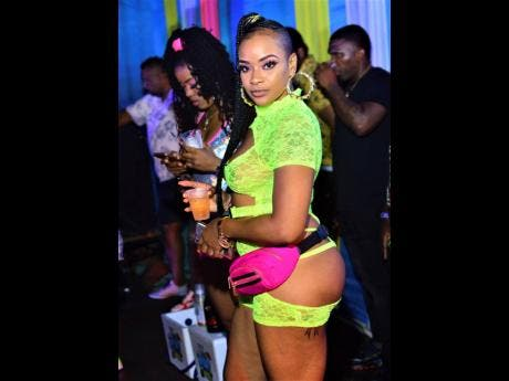 Stacy Xpressionz added some neon to the night.