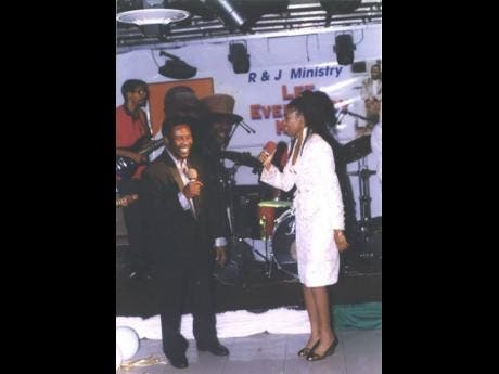 Toots performing with daughter Jenieve.